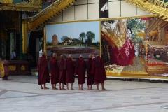 An der Shwedagon-Pagode